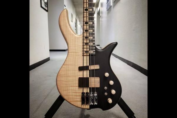 Bass of the Week: May Custom Basses DCM4