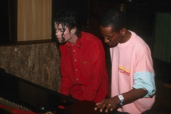 Michael Jackson: Man In The Mirror (Greg Phillinganes's Isolated Synth Bass Track)