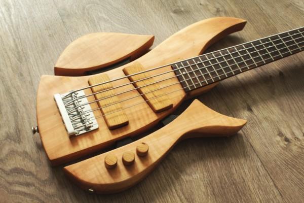 Bass of the Week: Karel Fošumpaur Flame 1