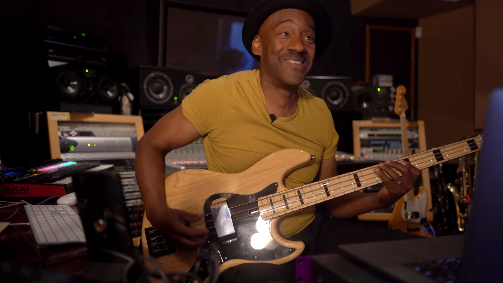 Marcus Miller: Unlocking the Bass Guitar