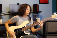 Keep It Groovy: Build Your Bass Groove – Using Octaves And Palm Muting